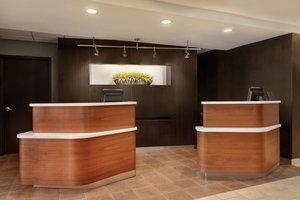 Lobby - Courtyard by Marriott Hotel Topeka