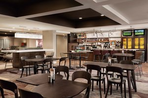 Restaurant - Courtyard by Marriott Hotel Topeka