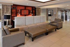 Lobby - Holiday Inn Express Crestwood