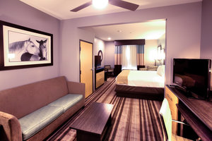 Suite - Holiday Inn Express Hotel & Suites West Amarillo