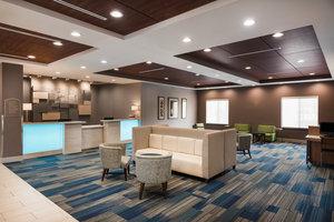 Lobby - Holiday Inn Express Airport Ontario
