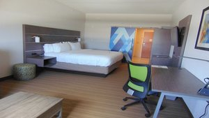 Room - Holiday Inn Express Hotel & Suites Boynton Beach