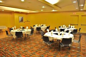 Ballroom - Holiday Inn Express Hotel & Suites Langley