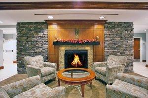 Lobby - Holiday Inn Hotel & Suites Beckley