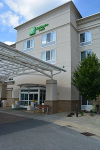 Exterior view - Holiday Inn Hotel & Suites Beckley