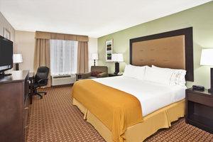 Room - Holiday Inn Express Hotel & Suites Harrington