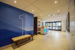 Lobby - Holiday Inn Express San Diego