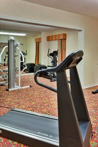 Fitness/ Exercise Room - Holiday Inn Express Campus Area Flint
