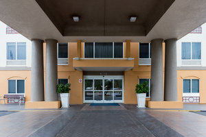 Exterior view - Holiday Inn Express Hotel & Suites Tavares