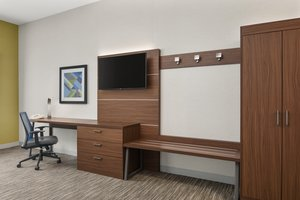 Room - Holiday Inn Express Airport Sacramento