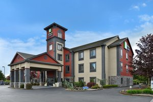 Exterior view - Holiday Inn Express North Vancouver