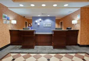 Lobby - Holiday Inn Express Northeast Sacramento