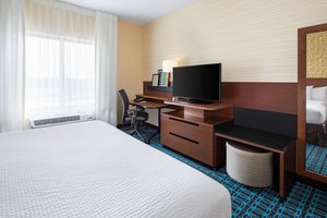 Room - Fairfield Inn & Suites by Marriott Poplar Bluff