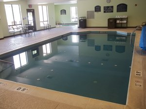 Pool - Holiday Inn Express Hotel & Suites Winchester