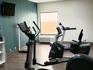 Fitness/ Exercise Room - Holiday Inn Express Edgewood