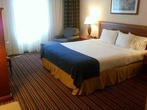 - Holiday Inn Express Sacramento