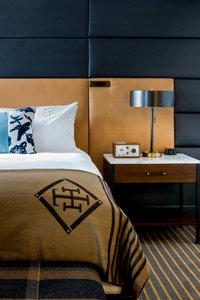 - Hotel Theodore Seattle