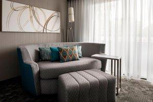 Suite - Courtyard by Marriott Hotel San Bruno