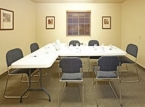 Meeting Facilities - Candlewood Suites Fayetteville