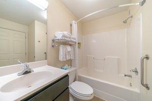 - Candlewood Suites Fairfax