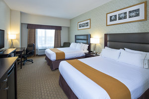 Suite - Holiday Inn Express Hotel & Suites Ottawa