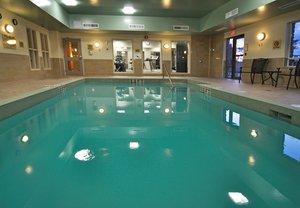 Pool - Holiday Inn Express Hotel & Suites Ottawa