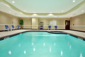 Pool - Holiday Inn Express Eunice