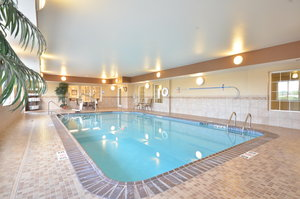 Pool - Candlewood Suites Cape Girardeau