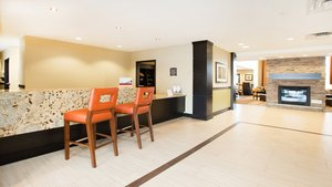 Lobby - Staybridge Suites West Edmonton