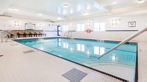 Pool - Staybridge Suites West Edmonton