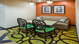 Restaurant - Holiday Inn Express Peachtree Corners Norcross