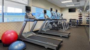 Fitness/ Exercise Room - Holiday Inn Gateway Centre Flint