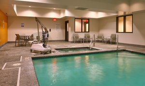 Pool - Holiday Inn Express Hotel & Suites Overland Park