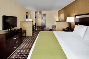 Suite - Holiday Inn Express Hotel & Suites Limerick