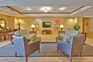 Lobby - Candlewood Suites Flowood