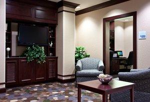 Lobby - Holiday Inn Express Hotel & Suites Hillside