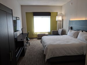 Room - Holiday Inn Express Hotel & Suites Concord
