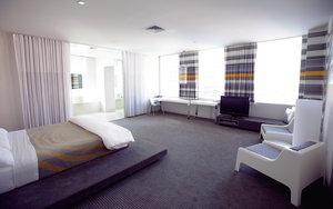 Room - Standard Hotel Downtown Los Angeles