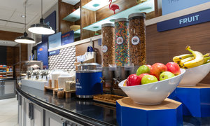 Restaurant - Holiday Inn Express Magnificent Mile