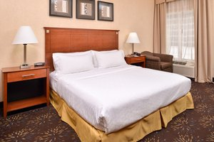 Room - Holiday Inn Express Hotel & Suites West Chester