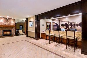 Lobby - Staybridge Suites College Station