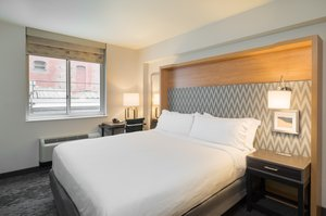 Room - Holiday Inn Wall Street New York