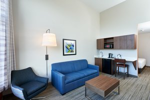 Suite - Holiday Inn Express Hotel & Suites Dieppe