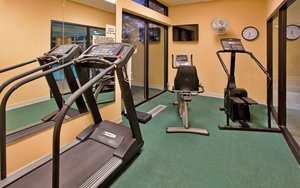 Fitness/ Exercise Room - Holiday Inn Express Germantown