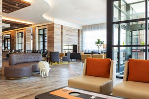 Lobby - Holiday Inn Hotel & Suites Downtown Nashville