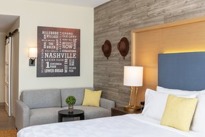 Room - Holiday Inn Hotel & Suites Downtown Nashville