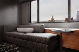 Room - Marriott Hotel Financial Center New York