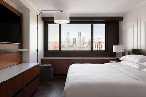Suite - Marriott Hotel Financial Center New York