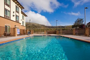Pool - Holiday Inn Express Frazier Park Lebec