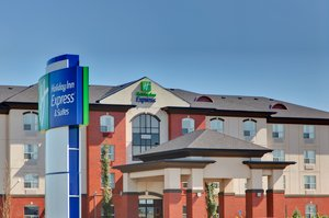 Exterior view - Holiday Inn Express Hotel & Suites Sherwood Park